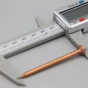 Clou en cuivre pour expériences d'électrochimie