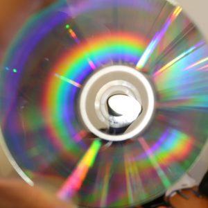 CD vierge pour expérience optique
